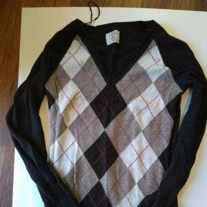 EUC beautiful argyle sweater.